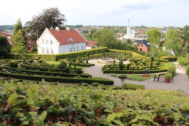Hobro Kirkegårde