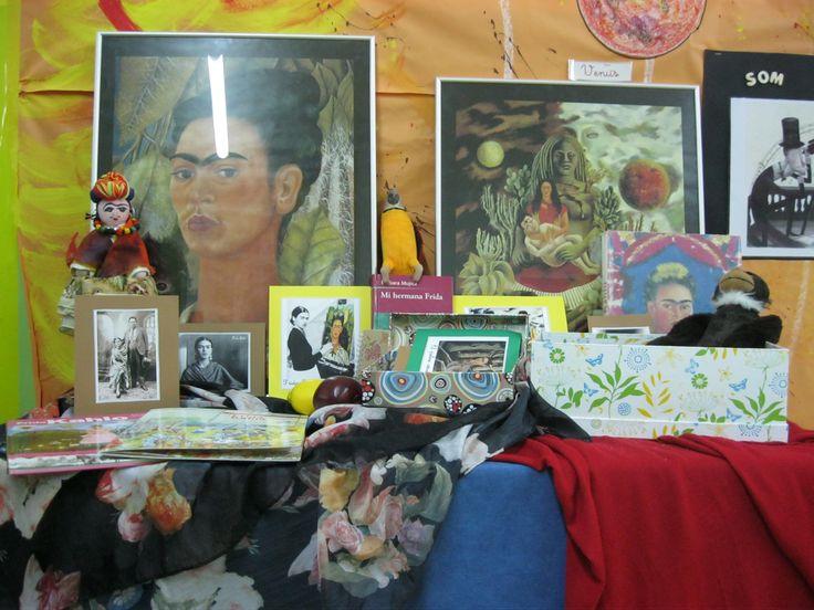 El racó de la Frida Kahlo a l'escola de El far d'Empordà.