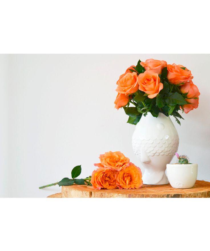 Pez - Florero blanco, cerámica, línea submarina. $85.000 COP. Cómpralo aquí--> https://www.dekosas.com/productos/hogar-decoracion-habibi-florero-pez-detalle