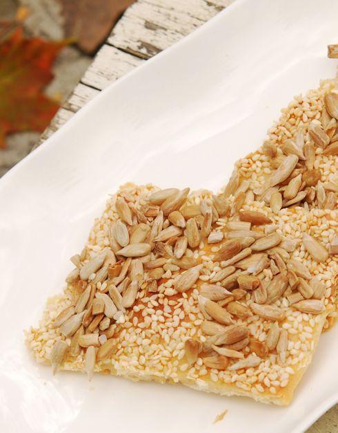 Хлебцы из йогурта с семечками и кунжутными семенами - Раня