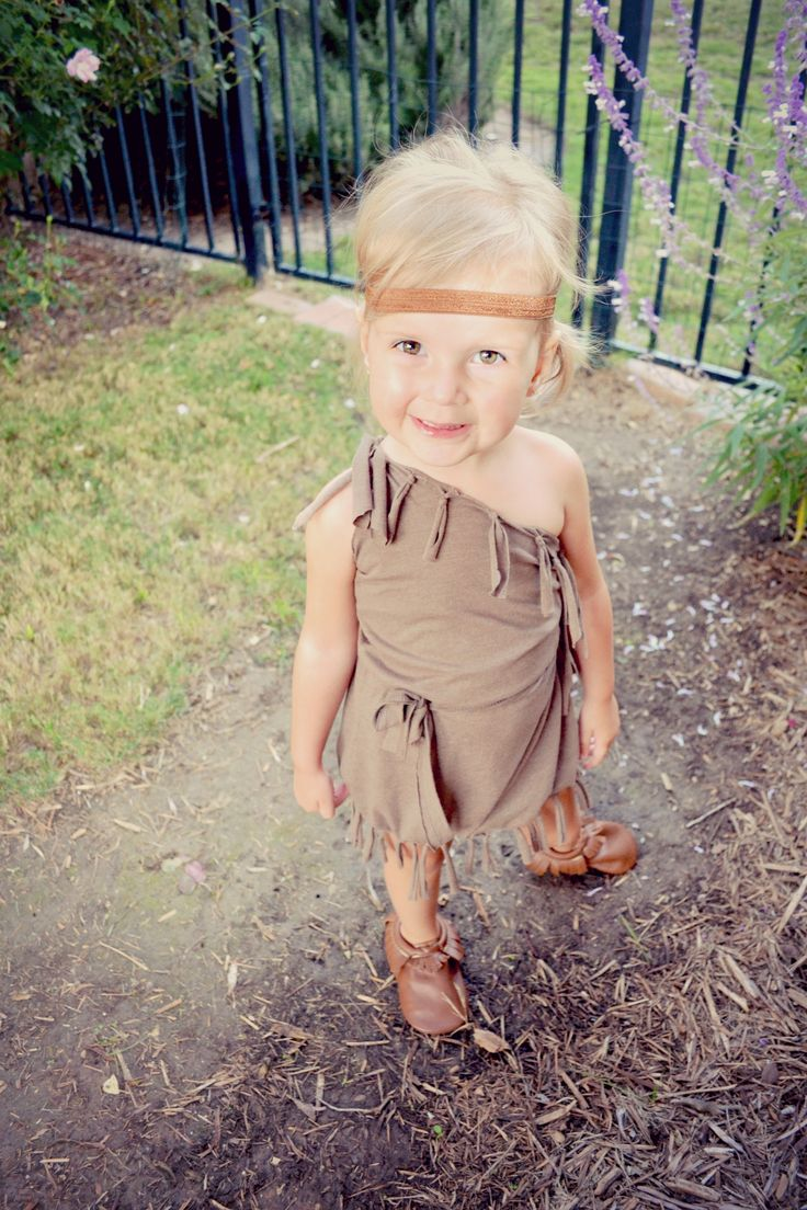DIY {No Sew} Indian Costume | Playdates + Pearls