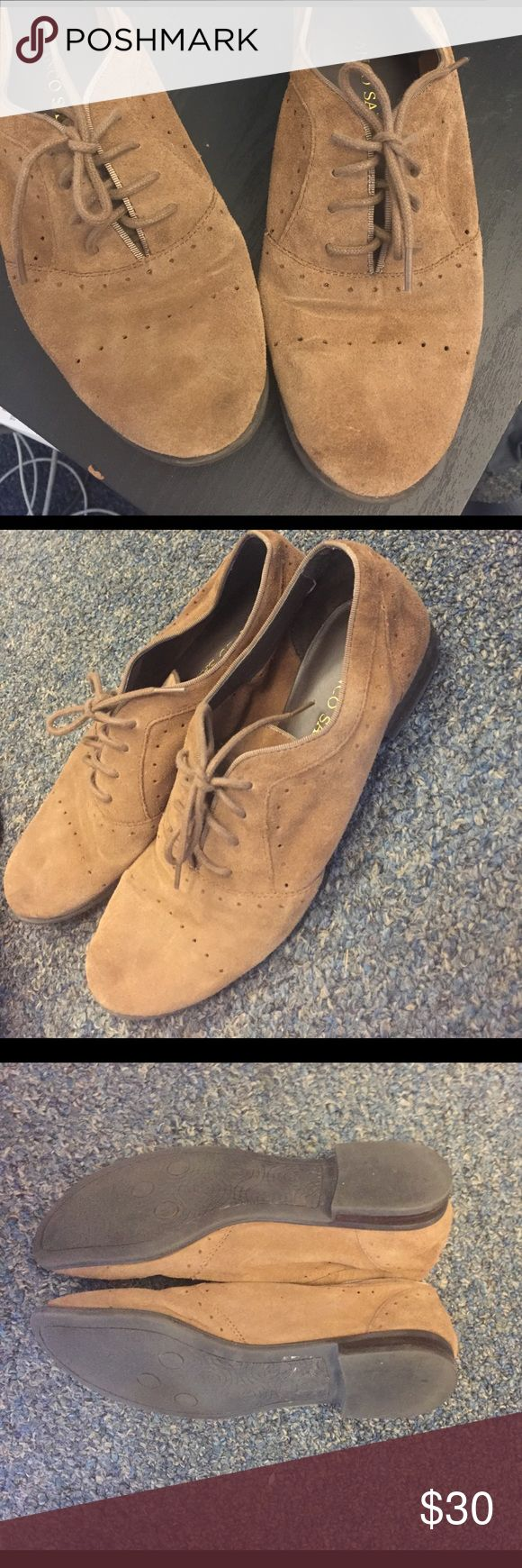 Franco Sarto suede oxfords, size 6 Great for both professional and casual wear! Classic brown suede Oxford shoes in excellent condition - worn only a few times. Franco Sarto Shoes Flats & Loafers