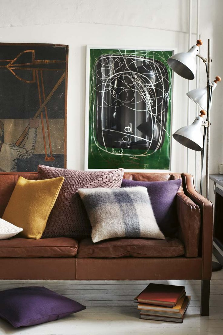 Pillow overload - Børge Mogensen's sofa 2213. A handcrafted masterpiece designed in 1962.