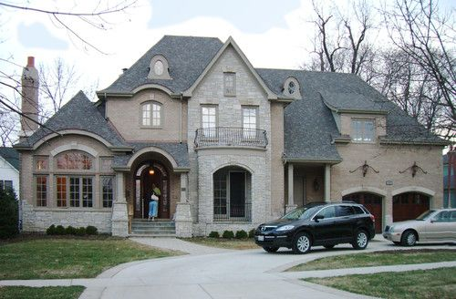 Brick stone and roof are used on this house houzz for Best roof color for brick house