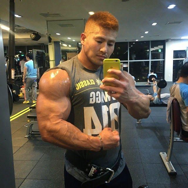 Pin By Len Bonner On Azn Dudes Pinterest Bodybuilder