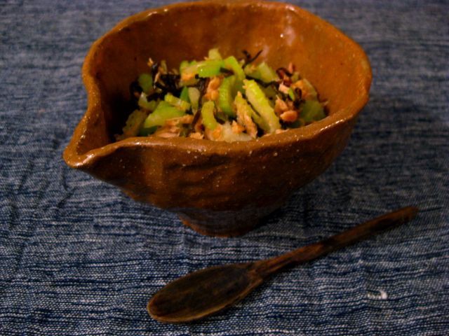 ツナとセロリの旨味ふりかけ   美肌レシピ