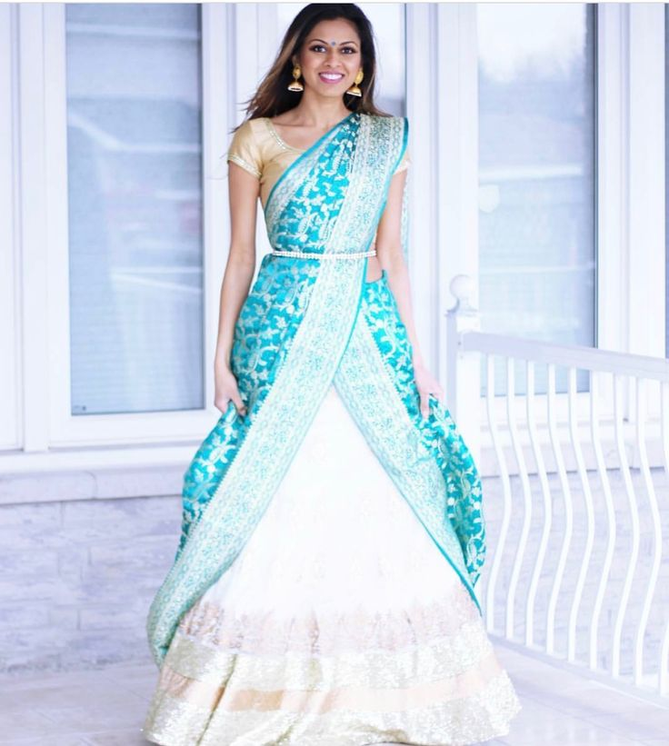 Combo white n blue half saree