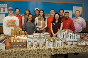 Jason and Amanda Dufner have been teaming up with volunteers from Auburn University's Campus Kitchens Project as part of the national Blessings in a Backpack program.  Jason, a pro golfer and Auburn alum, and Amanda are sponsoring the project, which sends a bag of food home every Friday with children in need. http://wp.auburn.edu/auburnmagazine/?p=4908