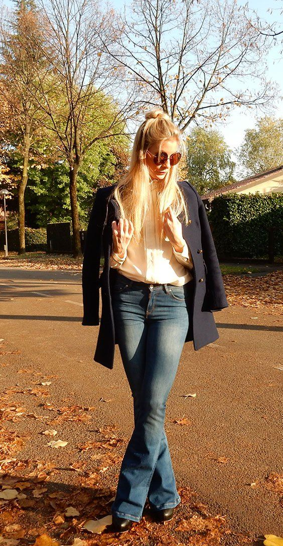 In this post you will find some useful tips to how style flared jeans! All you need to know about it is now up on the blog!