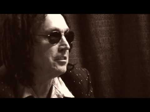 DunlopTV - Mike Campbell of Tom Petty & The Heartbreakers