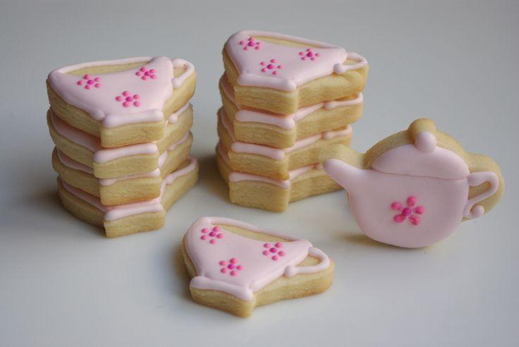teeny tiny tea party cookies www.teenytinybakery.com
