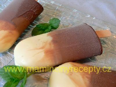 Trojčokoládové nanuky