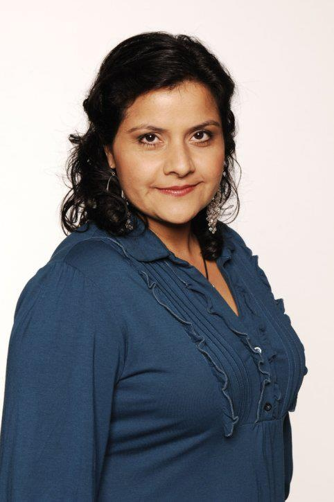 Zaniab Masood, played by Nina Wadia.