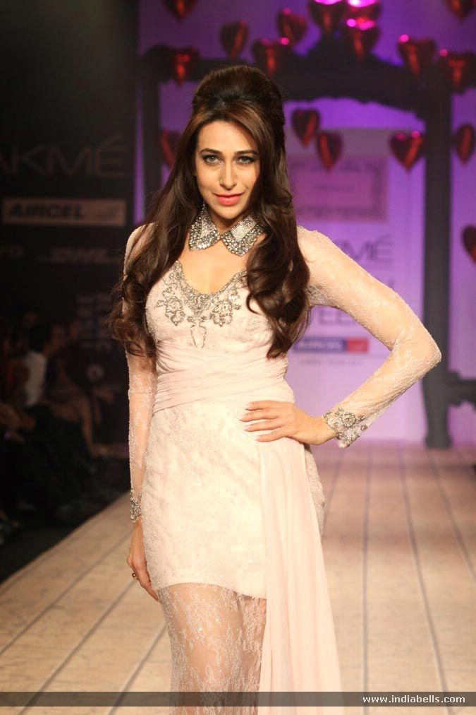 Karisma Kapoor walks the ramp as showstopper