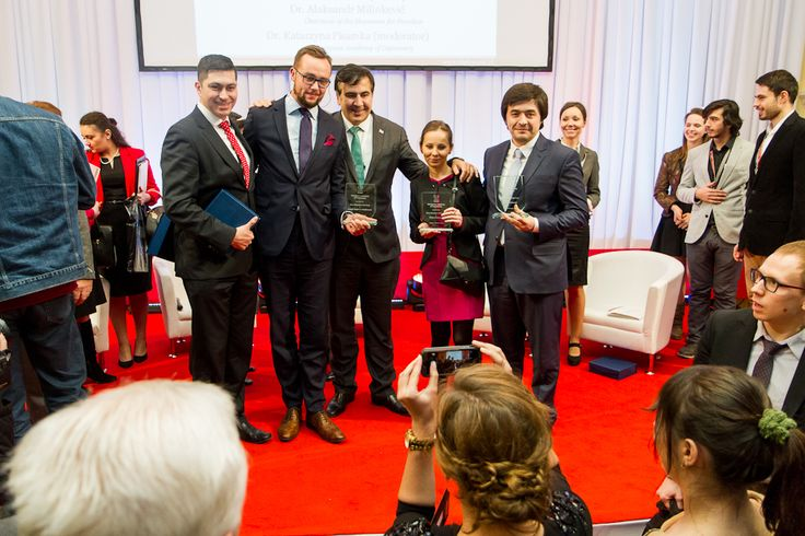 Mikheil Saakashvili with the 2014 Alumni of the Year recipients!