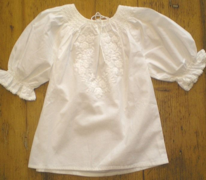 Hungarian handmade blouse for children.