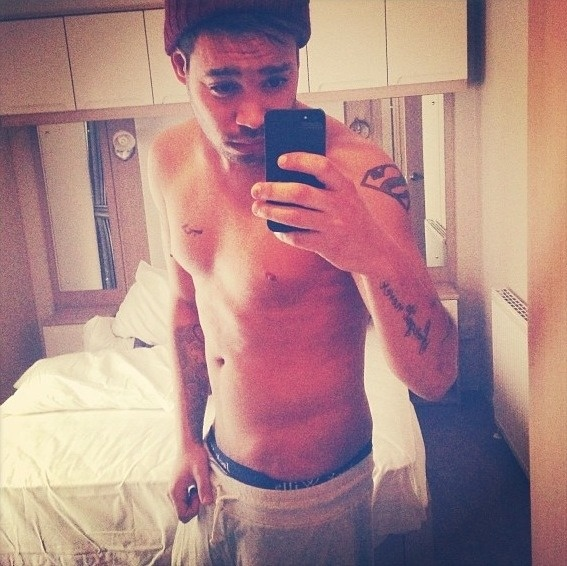Danyl Johnson Shirtless X Factor star posts new Instagram