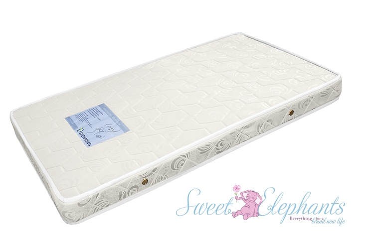 Orthopedic cot mattress with 1 waterproof side
