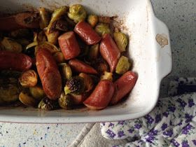 Coles de Bruselas asadas con salchichas, from Blue Cuisine