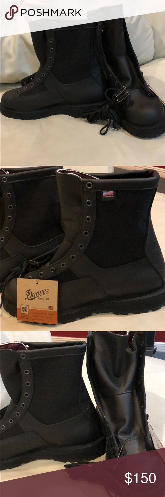 Danner Black lace up Gore-Tex Made in USA 11 Amazing boots. Ready to work. High end. 3m Thinsulate insulation. Vibram outsole. Waterproof. Recraftable. Made for law enforcement or other hard working men. Made in USA. Check out their website. They are listed for 350 msrp online Danner Shoes Boots