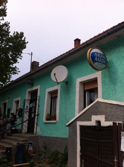 Cili néni kocsmája itt: Kapolcs, Veszprém megye