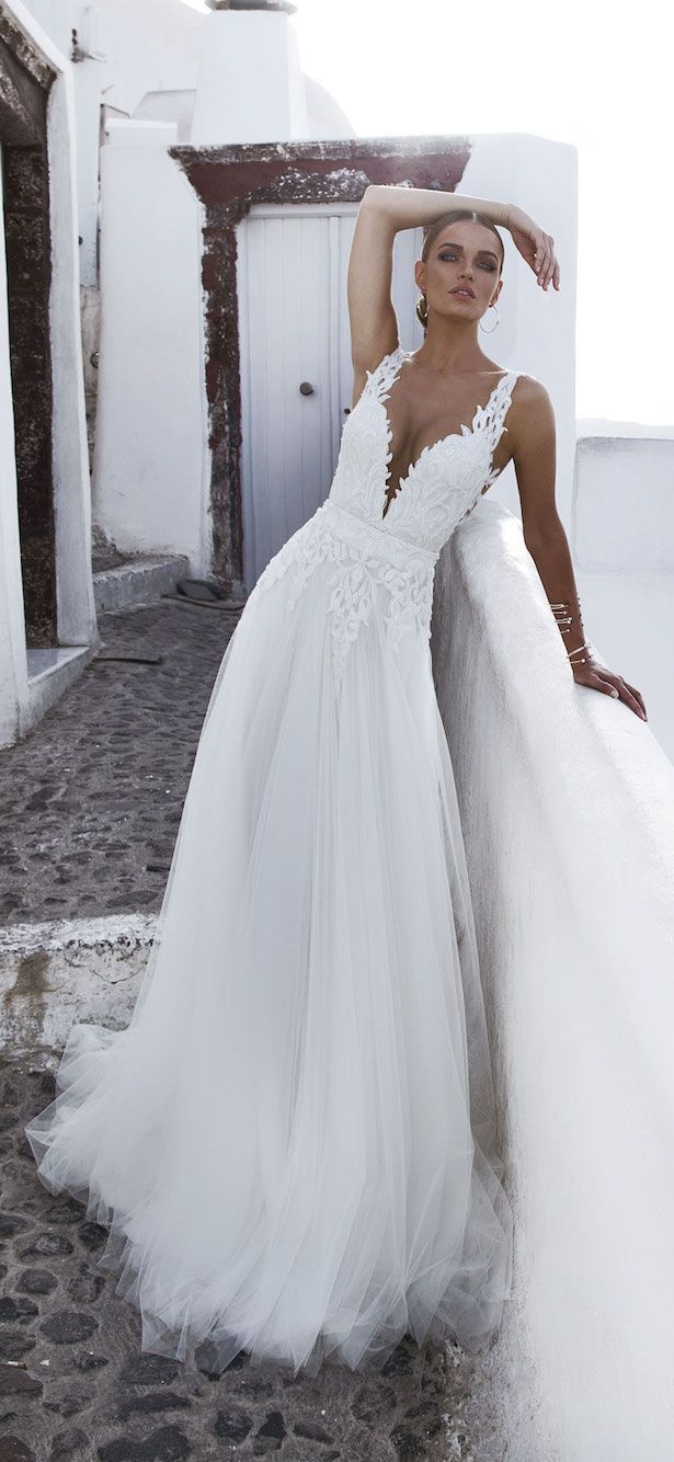 Wedding Dress by Julie Vino - Santorini Collection 2016 - Belle The Magazine