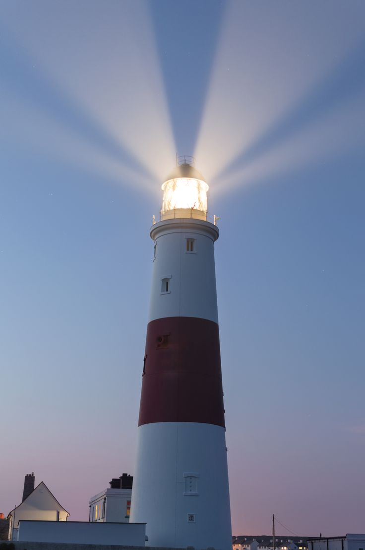 PORTLAND BILL LIGHTHOUSE   PORTLAND BILL   ISLE OF PORTLAND   DORSET   ENGLAND: *135ft (41m); First Lit: 11 January 1906*