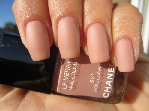 This looks for perfect! Definitely need to get this color next time I'm near a counter...  (CHANEL: Le Vernis #521 Rose Caché, #519 Rose Exubérant, #08 Pirate and Velvet Mat Top Coat)