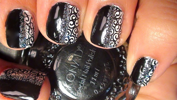 black party nails