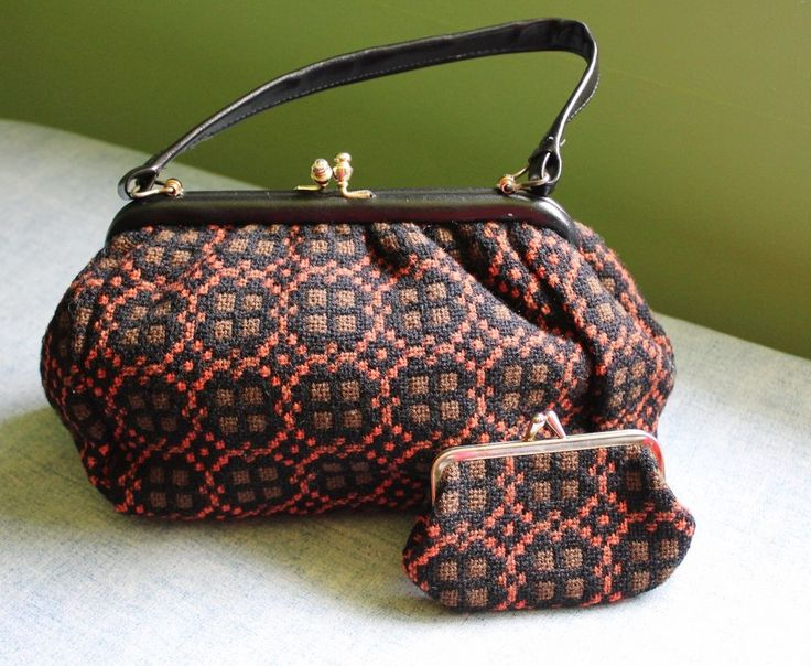 VINTAGE WELSH WOOL TAPESTRY Handbag and Matching Coin Purse Set EUC