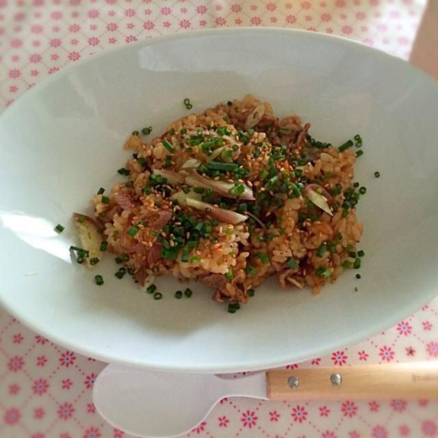 残り物だけど夏向けのさっぱり炊き込みご飯。簡単で美味しい!!☆*:.。. o(≧▽≦)o .。.:*☆ - 41件のもぐもぐ - 夏向け★しょうがミョウガの豚こま炊き込みご飯 by hiromiyamaL7T