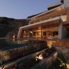 Liderado por los arquitectos Camila Ruiz Figari y Gary Pierce, Hausstudio se formó en el 2005 comprometido al desarrollo integral de proyectos arquitectónicos y de diseño.Sus propuestas ofrecen soluciones innovadoras y promueven una arquitectura sostenible considerando siempre el impacto en el medio ambiente, el usuario, la sociedad y el entorno. El estudio ha desarrollado proyectos de viviendas urbanas, de playa y de campo, condominios, edificios residenciales y de oficinas, proyectos…