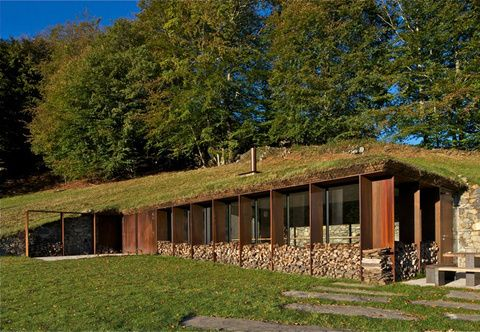 Earth House in the foothills of the Pyrenees by Puig Pujol & Associés Architectures