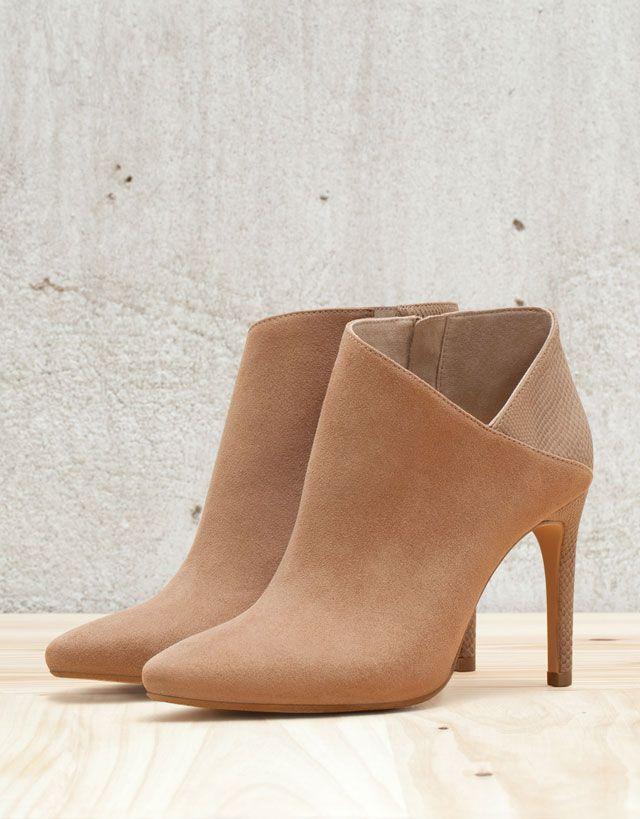 Laarzen en halfhoge schoenen - DAMES - Schoenen - Bershka Belgium