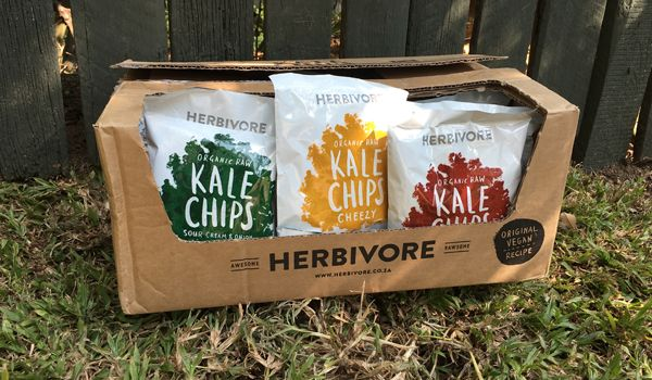 The Truth about Kale's Rise to Popularity {+ Herbivore Kale Chips Giveaway]  #kalechips #proudlysa #glutenfree #vegan #organic