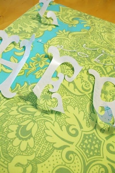 Brassy Apple: Cut it out!! ......canvas tutorial: Wall Art, Fabrics Letters, Fabrics Patterns, Canvas Quotes, Canvas Wait, Canvas Tutorials, Words On Canvas, Fabrics Covers Canvas, Canvas Artwork