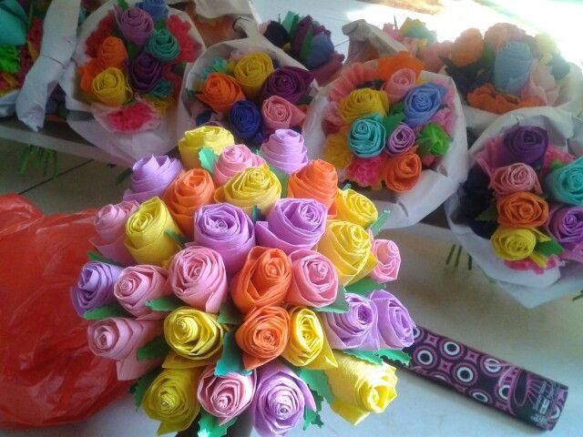 Bloemen van crepe-papier