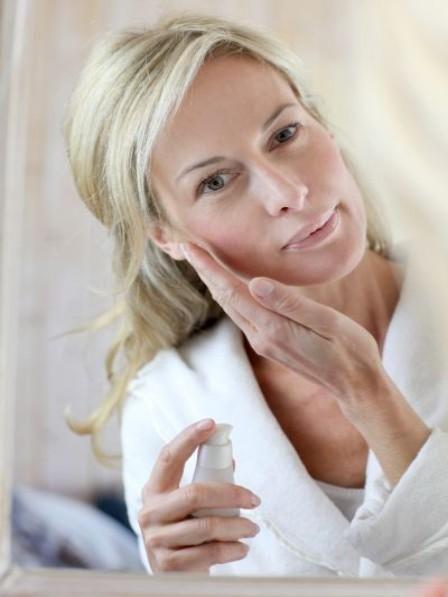 Amikor a bőr öregszik – Smink tippek öregedő bőhöz | Nőivilág.hu