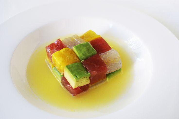 Il Cubo di Rubick in ceviche di Daniel Canzian nato nell'estate 2015 grazie all'incontro con i più famosi chef peruviani! Straordinario