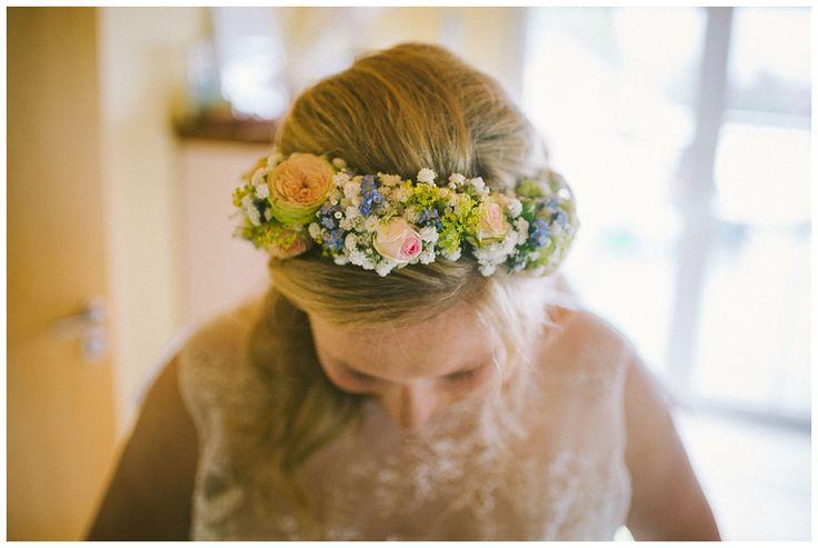 Der Blumenkranz der Braut, fotografiert von Florin Miuti. www.annatews.de