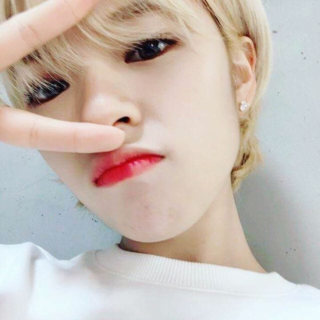 I LOVE YOU JUNGYEON YOU ARE MY BIAS FROM TWICE *Q*
