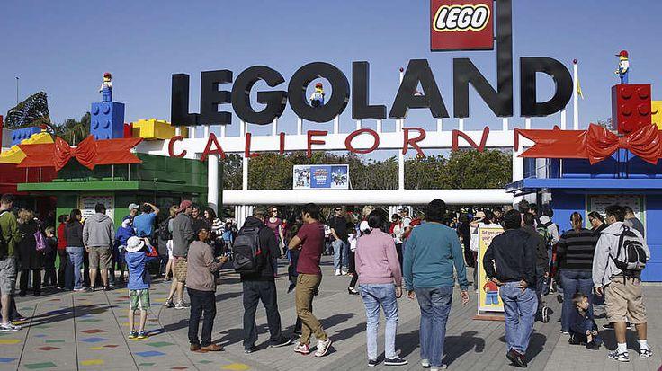 Kalifornien-In Kalifornien können Vergnügungsparkfans auch einen Abstecher zum Legoland machen, das fast vollständig aus den berühmten Plastiksteinen erbaut ist. Neben den unglaublichen Lego-Konstrukten, die es dort zu bestaunen gibt, kann man mehr als 200 Arten von Unterwasser-Kreaturen bewundern und über 50 Fahrten und Ausstellungen besuchen.