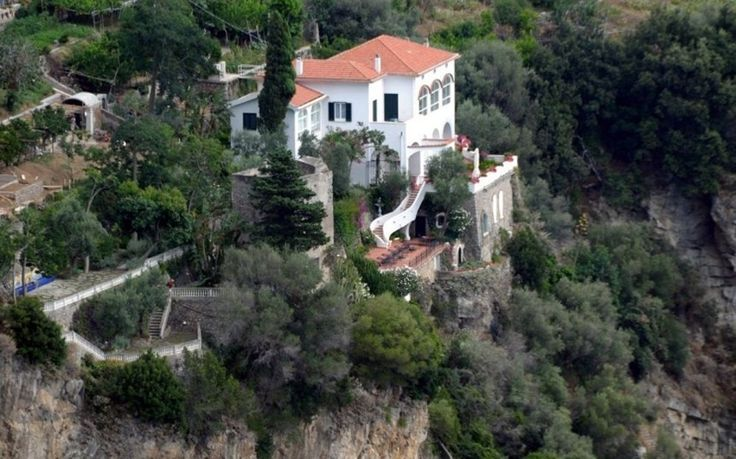 Villa Amalfi hillside