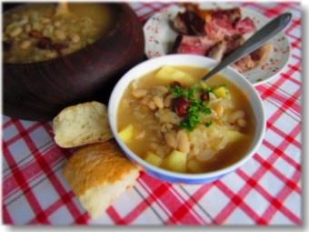 Istarska Jota - Istrian cabbage stew with smoked pork