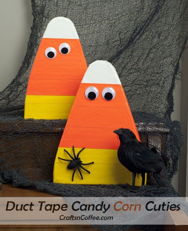 Make these Candy Corn Cuties with duct tape. Lots of quick & easy (and cute) candy corn crafts on CraftsnCoffee.com.