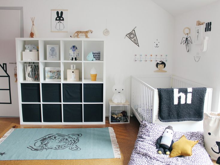 Live Loud Girl - Nadine shares her shared kidsroom on the blog