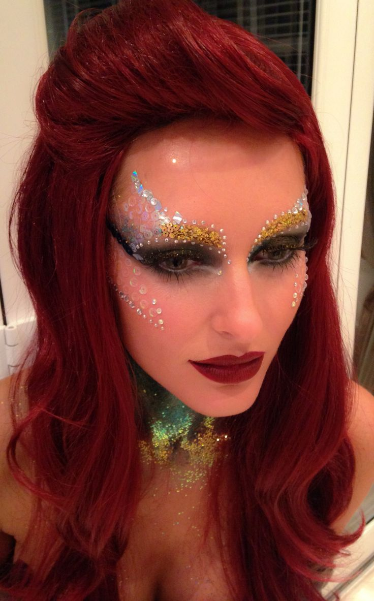 The little Mermaid inspired makeup look using glitter and