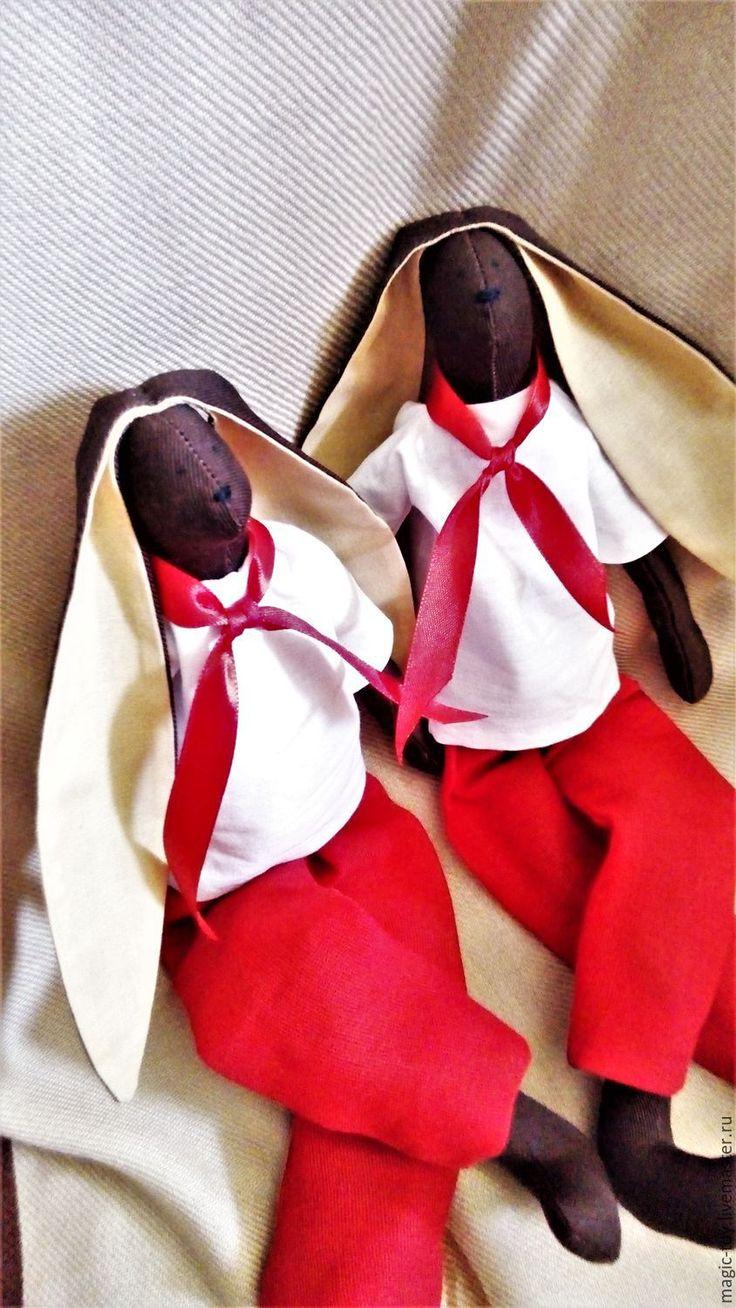 Купить Заяц Тильда - коричневый, красный, белый, заяц тильда, тильда Заяц купить