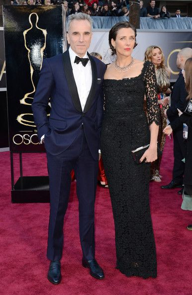 Rebecca Miller Evening Dress - Rebecca Miller was elegant and refined in a black lace gown as she accompanied husband Daniel Day-Lewis to the 2013 Oscars.