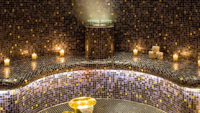 Buddha-Bar Hotel Paris: Hit the spa to relax in the hammam or indulge in an ayurvedic treatment.